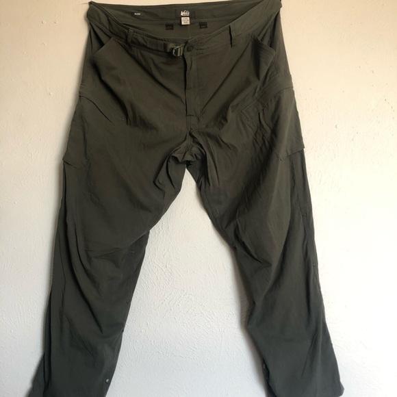 REI CO-OP Sahara cargo roll up pants 42 W X 30 L